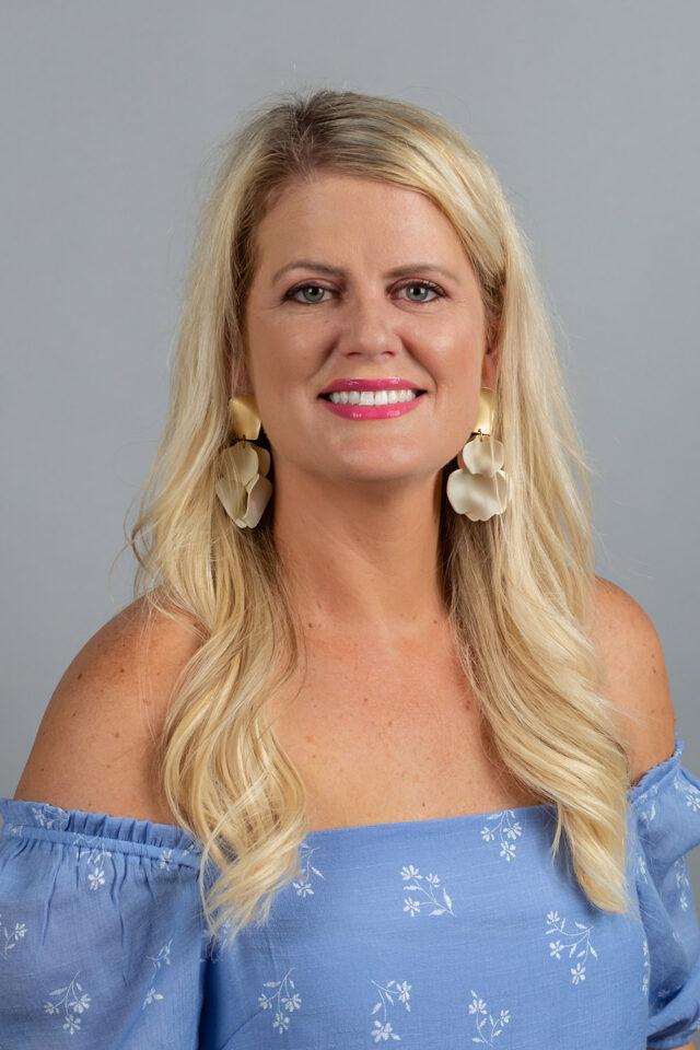 Nicole Tetreault headshot